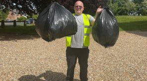 Sarum Rotary Provides Litter Picking Service